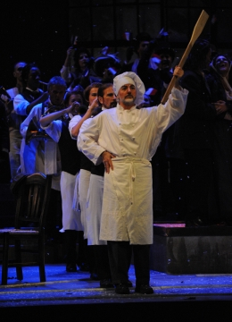 Dress rehearsal for Opera Lyra Ottawa\'s La Bohème
